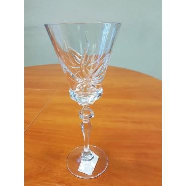 A SET OF WINE GLASSES, 6PCS